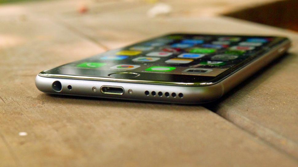 iPhone 6S Türkiye'de Ön Siparişte