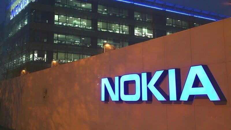 Nokia çöküşte!