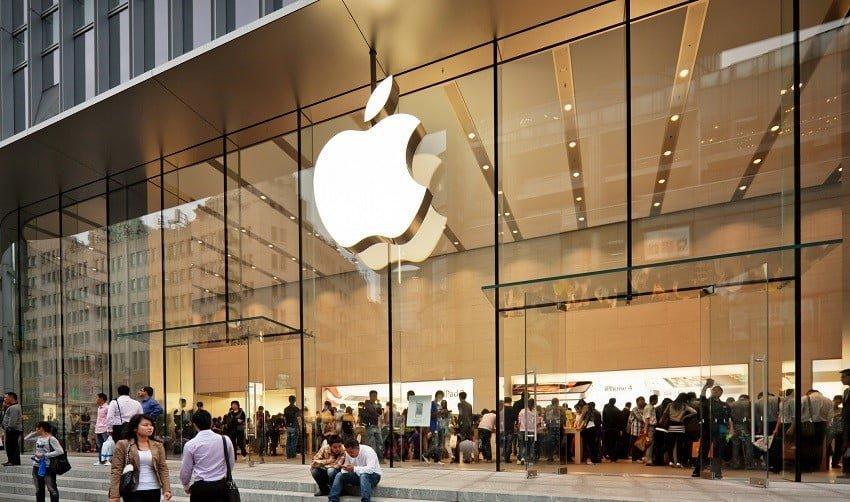 Apple Mayıs'ta bazı mağzalarını açabilir