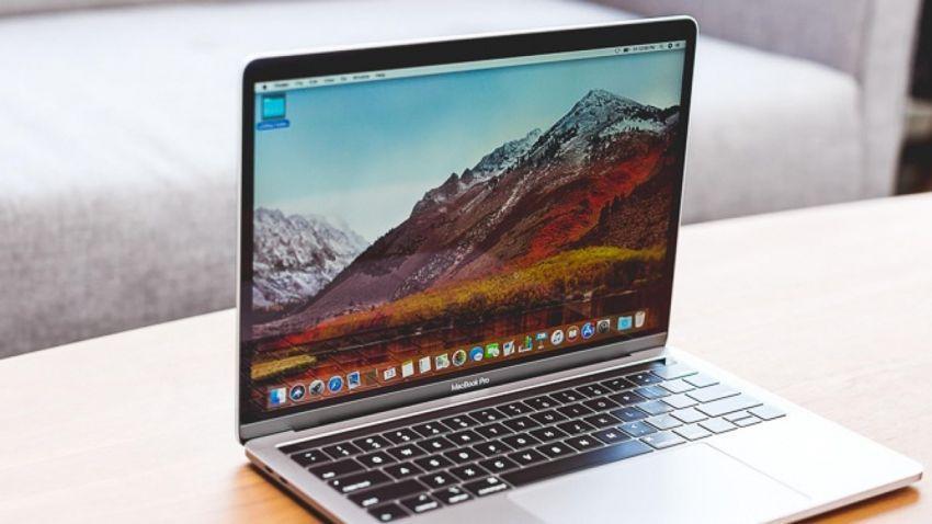 Apple 13 inçlik yeni MacBook Pro'yu tanıttı