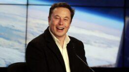 Elon Musk Dünyanın En Zengin İnsanı Oldu
